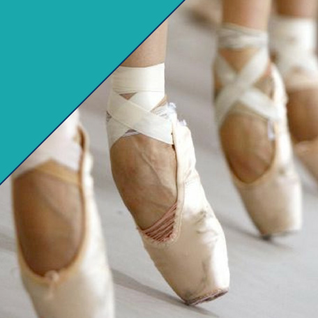 When is a dancer ready to go en pointe?